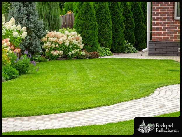 Choosing the Right Kind of Pavers for Your Yard